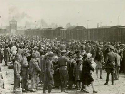 ARCHÍV– Megérkezés Auschwitzba