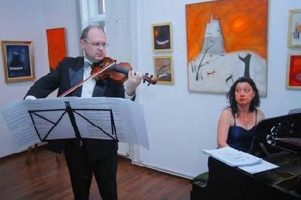 FOTÓ: ROHONYI D. IVÁN– Csendes László és Dolores Chelariu