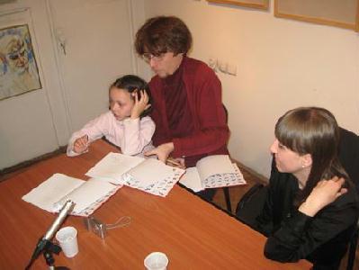 Dedikál a szerzőcsapat: Balázs Imre József, Blanka és Keszeg Ágnes – A SZERZŐ FELVÉTELE