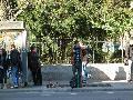 A Kétágú templomnál már biztos, hogy jegy jegyautomata. Fura, hogy a kivitelező cég illetékesei és a RATUC nem talált helyet az utcának a Kolozsvári Regionális Vasúti Igazgatóság (Regionala) felőli oldalán