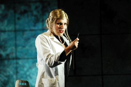 Marlène Assayag a Varázsfuvolában (Fotó: Szegedi Nemzeti Színház)