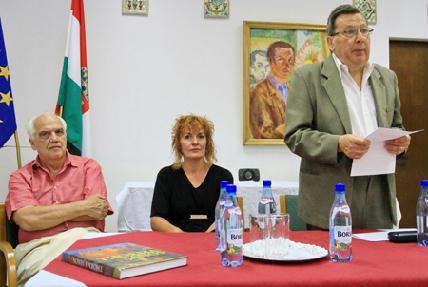 Bay Miklós, Kovács Zita és Murádin Jenő a rendezvényen - ROHONYI D. IVÁN