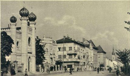 Korabeli felvétel a kolozsvári zsinagógáról