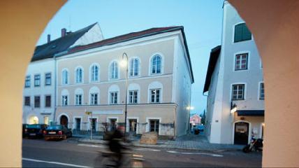 Meg akarják akadályozni, hogy Hitler szülőháza neonácik zarándok- és emlékhelyévé váljon