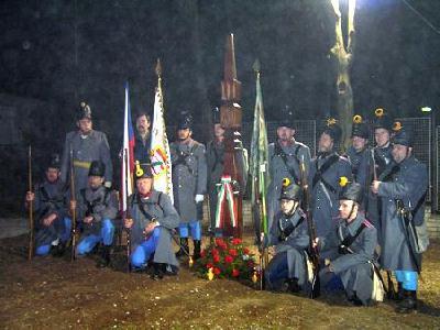 A Telnitz határában elhelyezett emlékmű avatóján 2006-ban