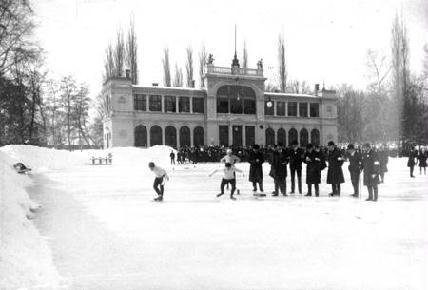 Országos korcsolyaverseny a Sétatéren (1911)