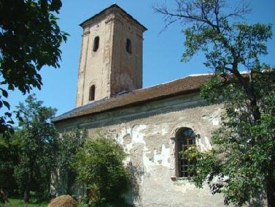 A közel 800 éves Sárd református temploma