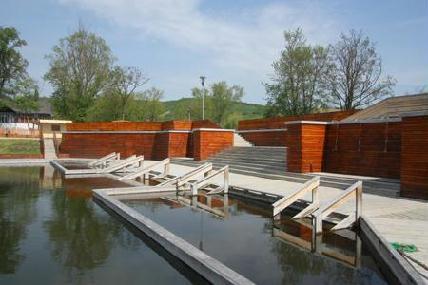 Teljesen megújult a közkedvelt fürdőhely – ROHONYI D. IVÁN