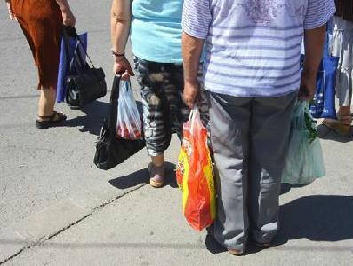 Júniustól jóval kevesebb élelmiszer kerül a bevásárlószatyrokba – ROHONYI D. IVÁN