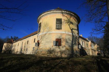 A várkastély Erdély egyik legimpozánsabb, reneszánsz jellegét megőrző műemléke – ROHONYI D. IVÁN FELVÉTELEI